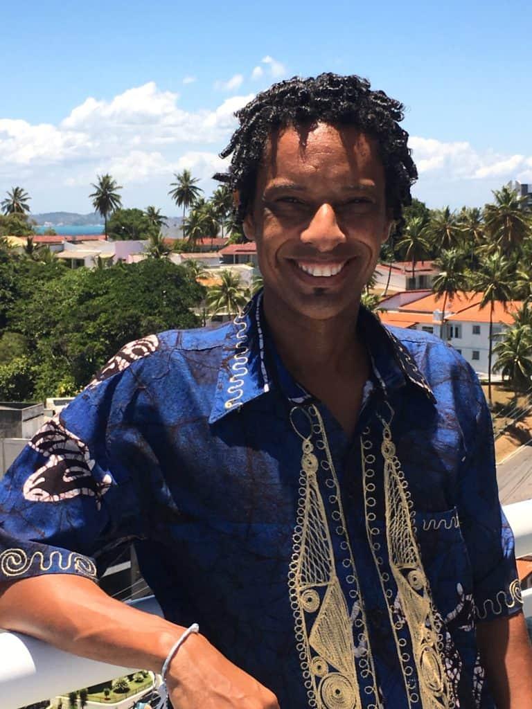 Bira Santos, Musiker, Perkussionist